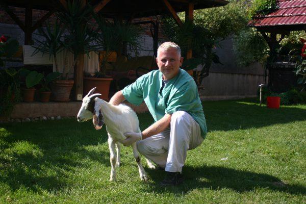 Terenska veterinarska služba